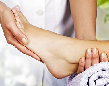 Soin-massage pieds légers®